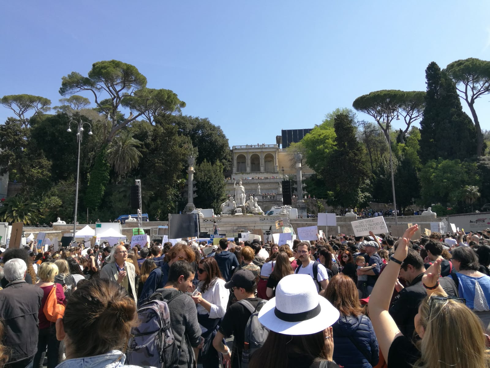fridaysforfuture-Ecofoodfertility-16-04-19-21